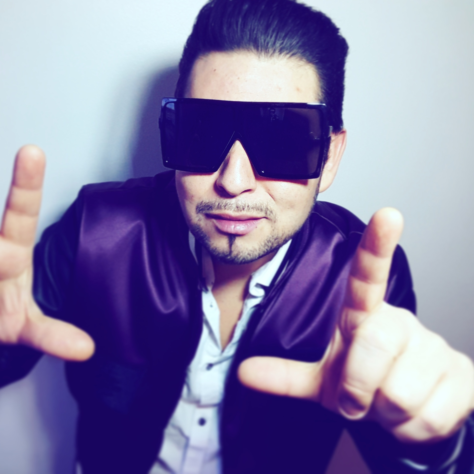"""Latin Artist Mr. Melo Triumphs In Asia As His Single """"Delicia Tchu Tcha Tcha"""" Goes Viral On Tencent"""
