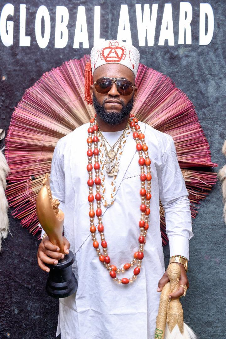 International Recording Artist Oba Ogunlano Wins The Prestigious YOMAFA Awards