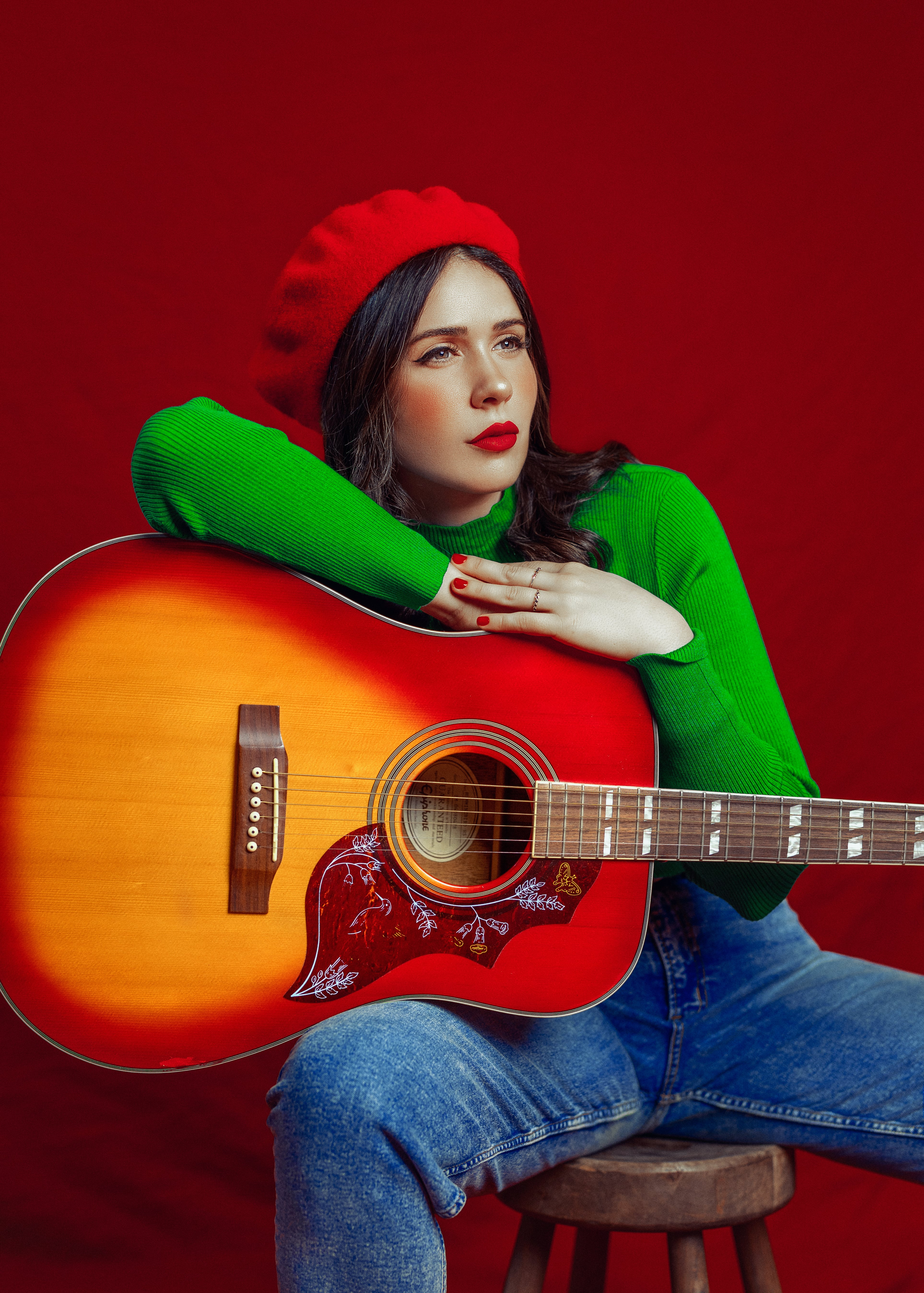 Talented Spanish Singer And Songwriter Mara Silma and her emerging band