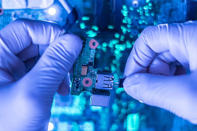 Healthcare Contract Manufacturing Market Manufacturers Focus on Performance and Portability of Products for Innovation Forecast to 2031