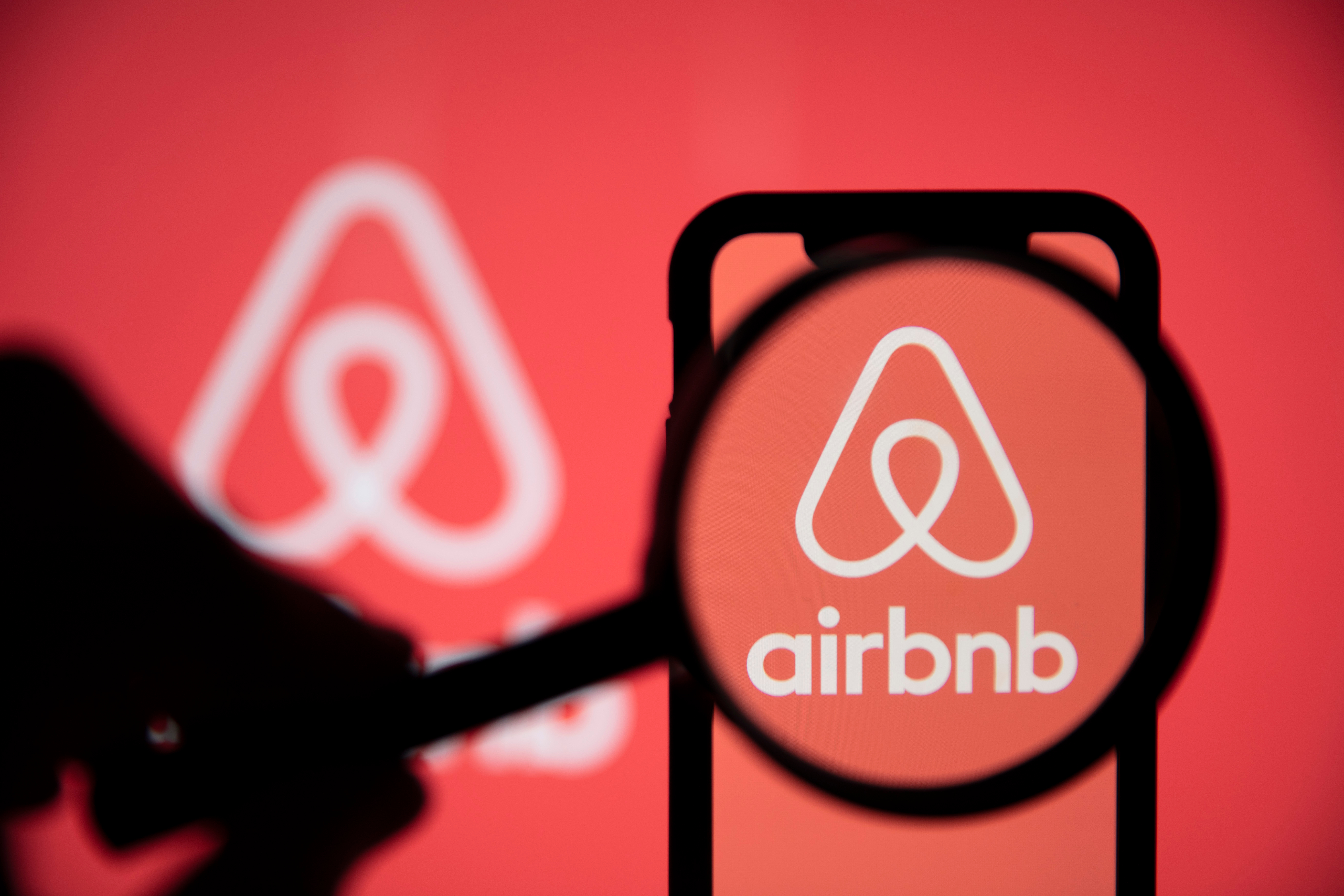 Three Top VPN Services for Securing Airbnb Networks