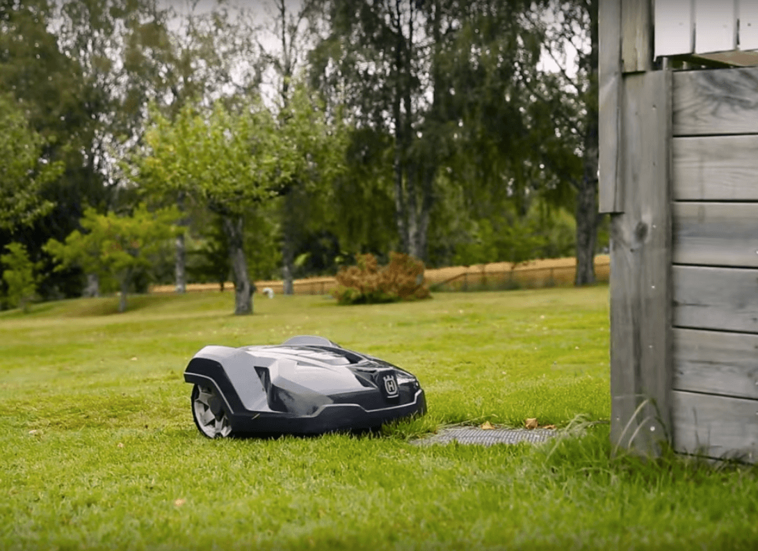 Robotic Lawn Mower Market Stand Out as the Biggest Contributor, Emerging Growth Rate, Application and Forecasts 2031
