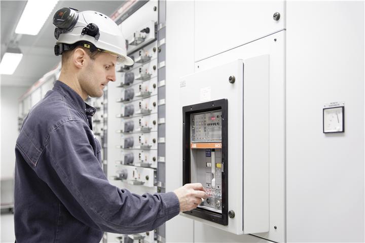 Switchgear Market Estimated To Strike $191.3 Billion By 2031 | Toshiba, Schneider Electric, ABB, GE, Mitsubishi Electric System
