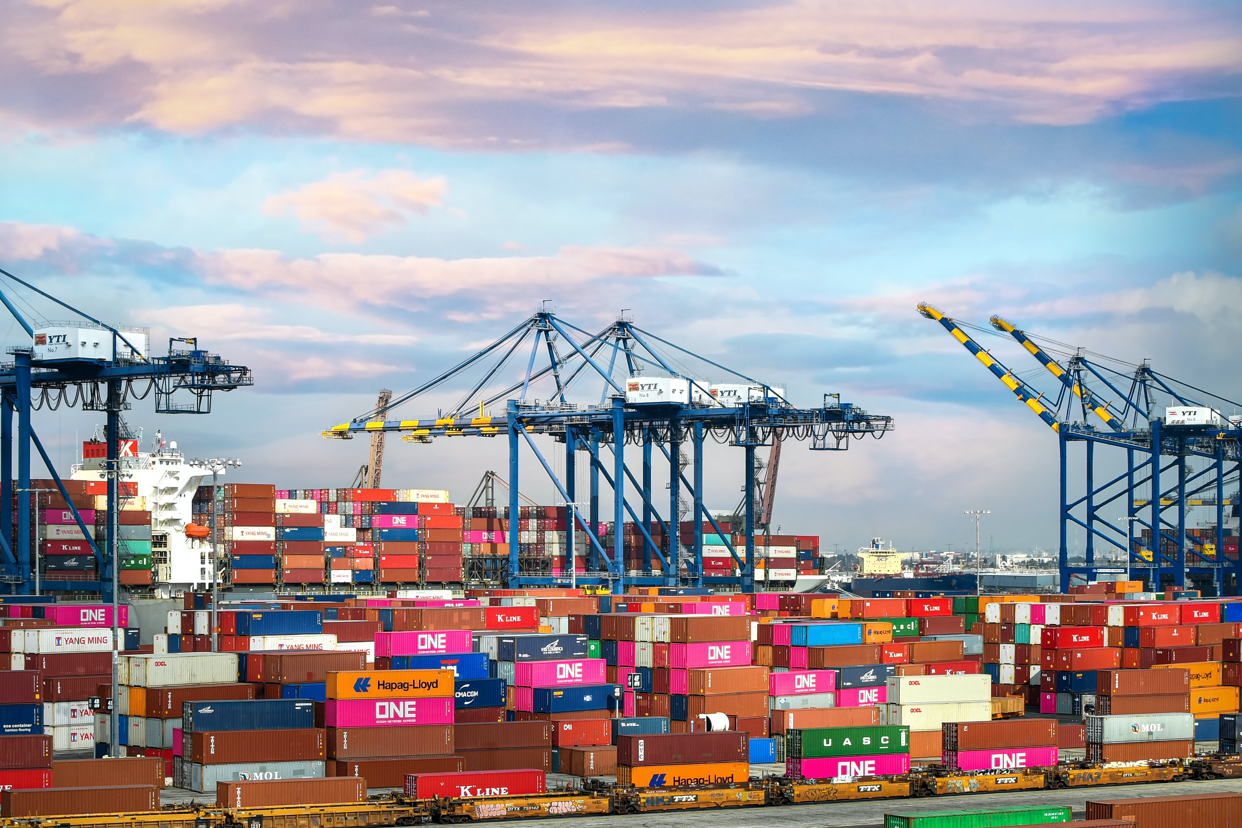 Kayteria Knott's Top Tips for Reducing Environmental Impact in Logistics
