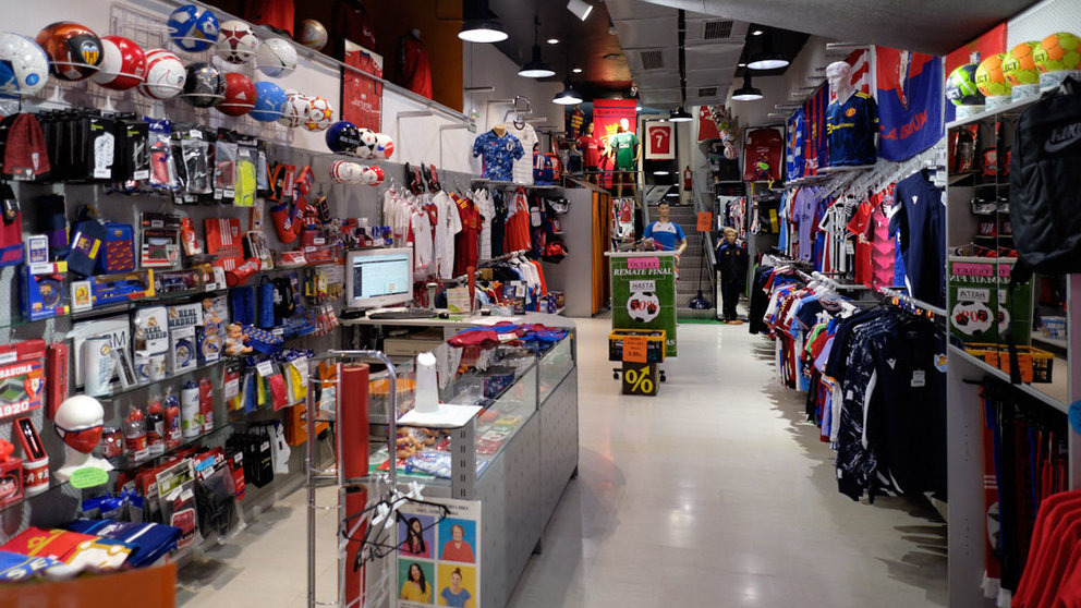Camisetasfutboleses.com, more than 25 years selling soccer team jerseys in Spain
